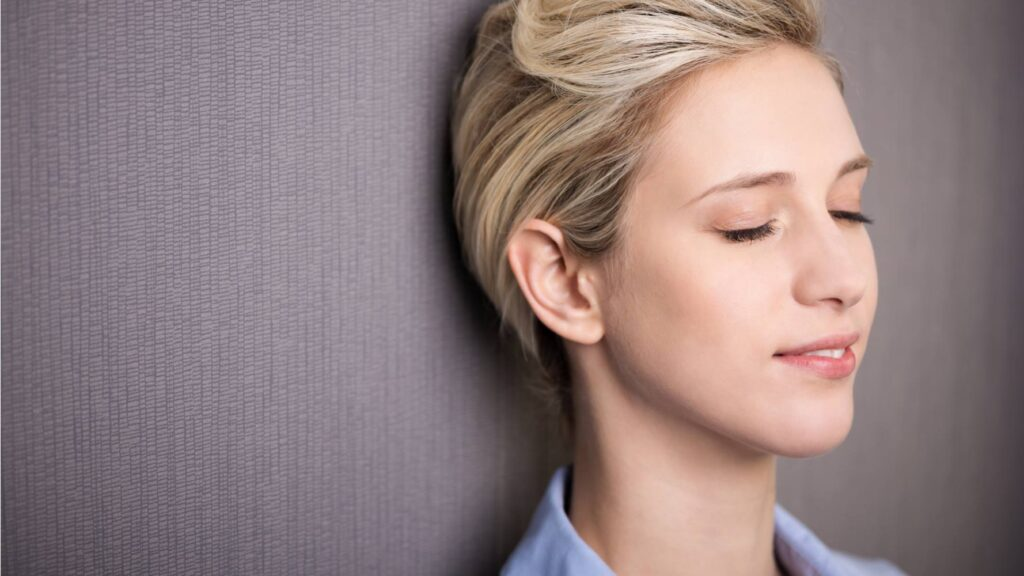 Lunchtime meditation online, relax, enjoy a calm mind